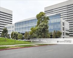 681 Gateway Blvd - South San Francisco
