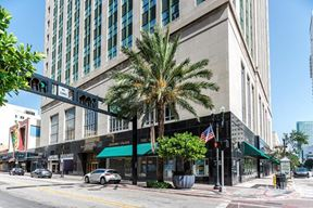 Prime Retail/Restaurant Space in the Heart of Miami's Business District