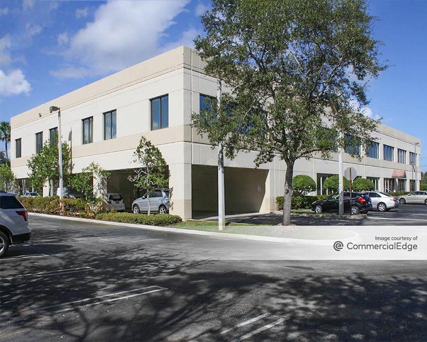Jupiter Medical Center - Professional Plaza