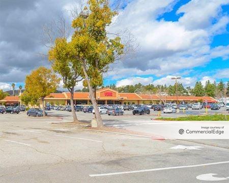 Agoura Meadows Shopping Center - Agoura Hills