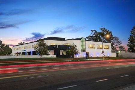 Eureka Building - Irvine