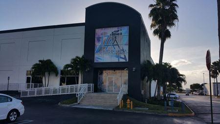 Miami Airport Center - Office / Warehouse for Sale - Miami