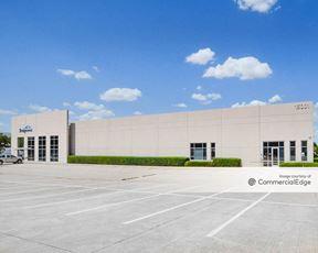 Centreport Business Park - 15001 FAA Blvd