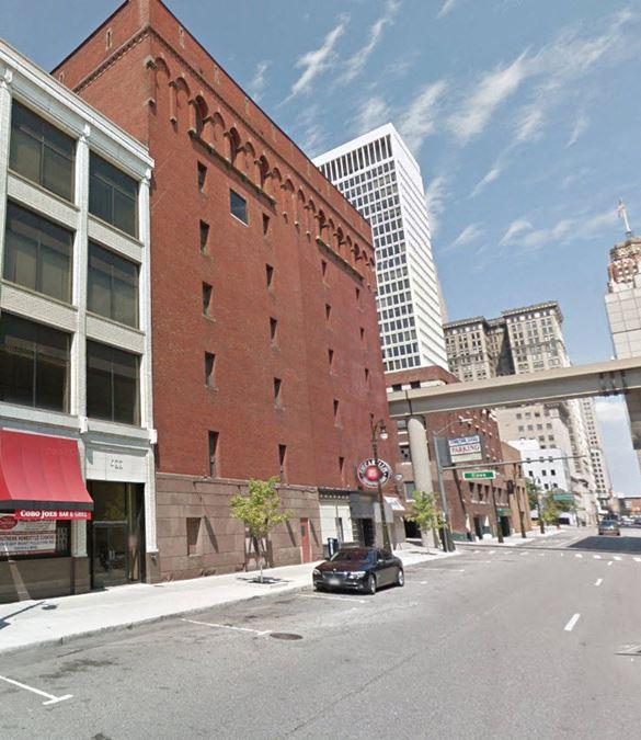623 Cass Avenue