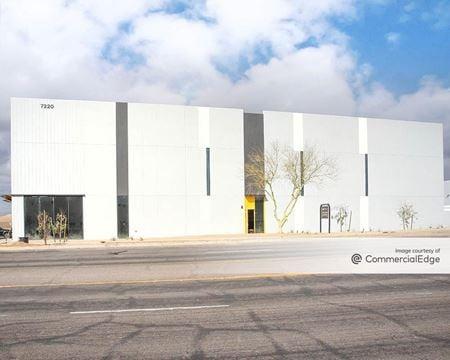 Northern 101 Commerce Center - 7220 North Glen Harbor Blvd - Glendale