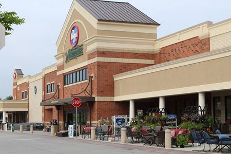 Kroger Anchored Retail Pad - New Albany