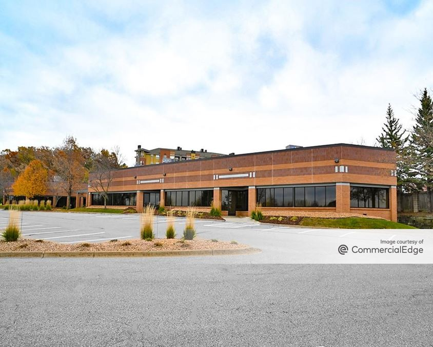 Highway 212 Corporate Center