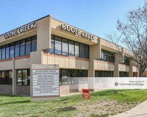 Goose Creek Plaza