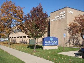 For Lease > Park Place Medical Building - Two Suites Left