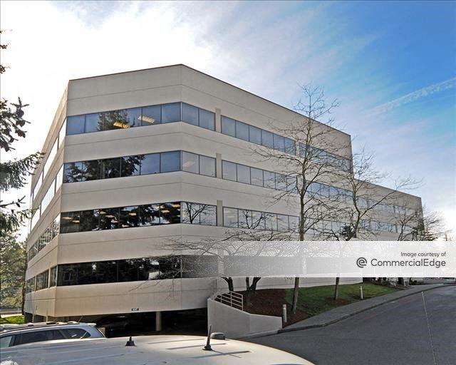 Lincoln Executive Center