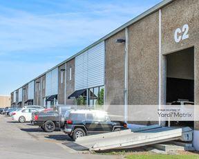 Cowan Industrial Park - 815-843 Cowan Street