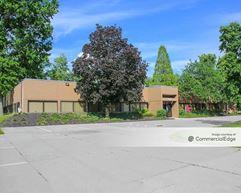 Carver Woods Executive Center - Blue Ash