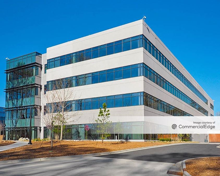 Lakepointe Corporate Center - Sealed Air Headquarters I