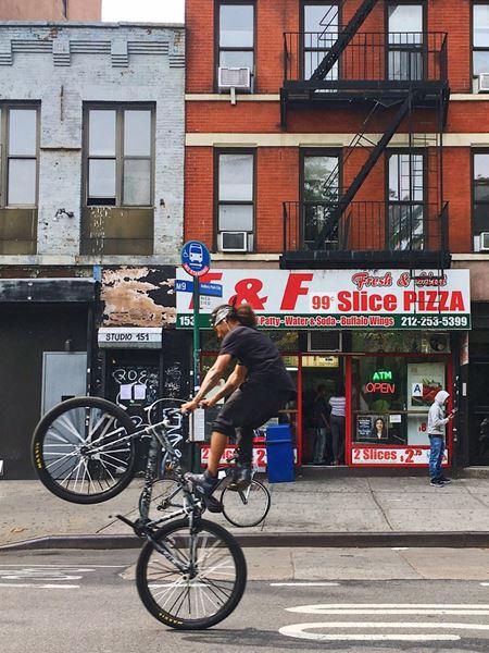 153 Avenue C - New York