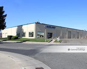 Sunrise Industrial Park - 11253-11255 Trade Center Drive