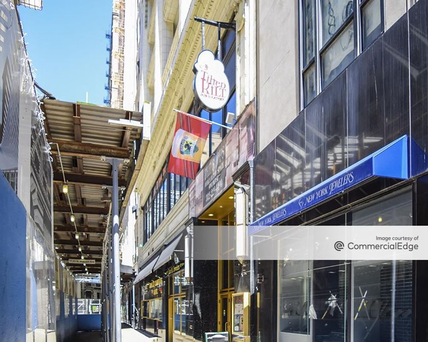 17 North Wabash Avenue