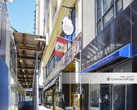 17 North Wabash Avenue - Chicago