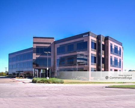 Augustus Plaza - Fort Worth