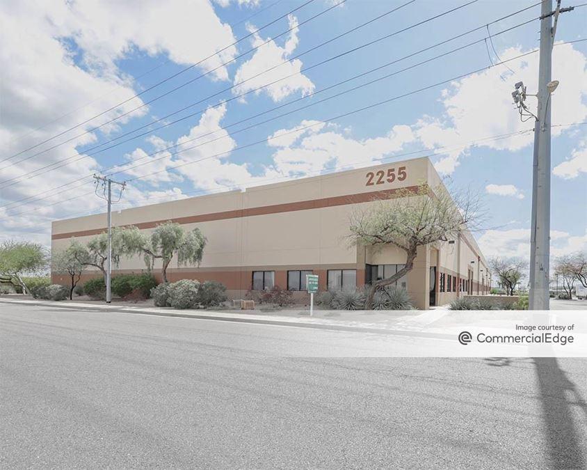 2255 West Desert Cove Avenue