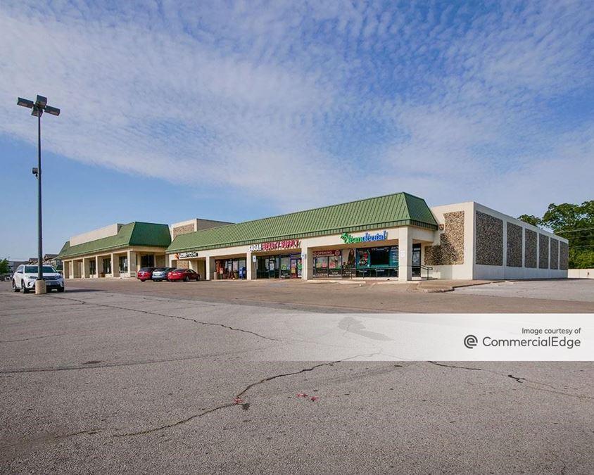 Oates Park Shopping Center