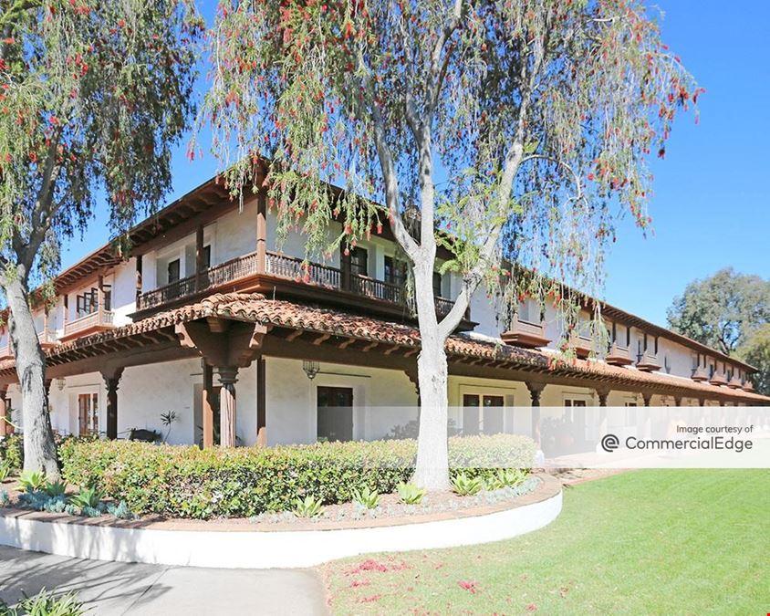 Rancho Bernardo Courtyard