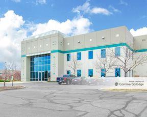 Stapleton Business Center - 4735 Florence Street