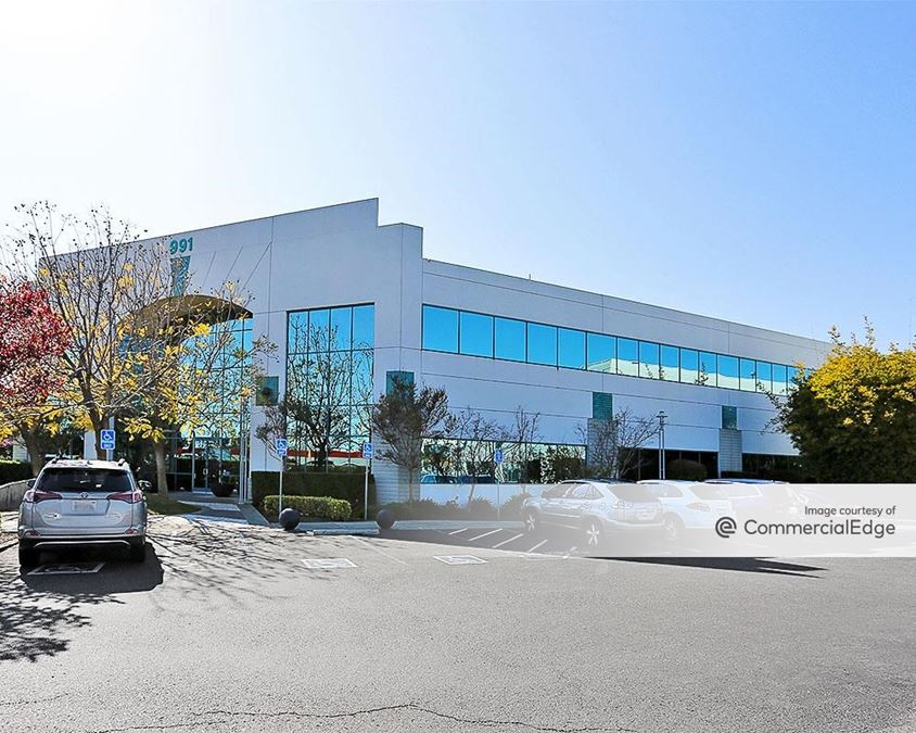 Bay Valley Professional Center