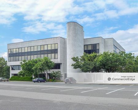 Crossways Corporate Park - 20 Crossways Park Drive North - Woodbury