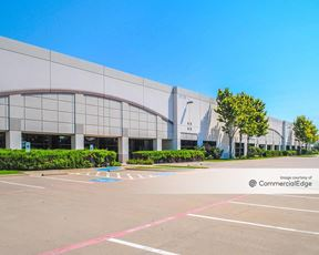 Research/Technology Crossroads - 3605 East Plano Pkwy