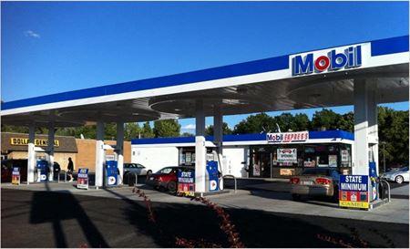 Convenient Store & Gasoline Location - Niagara Falls