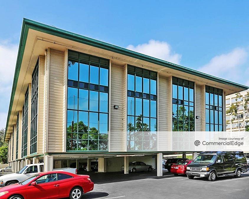 Hotel Circle Plaza - 1650 Hotel Circle North
