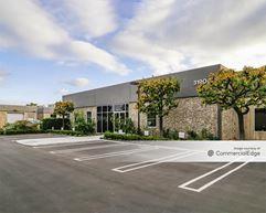 Airway Commerce Center - 3190, 3194 & 3198 Airport Loop Drive - Costa Mesa