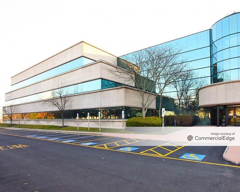 Bayview Corporate Center