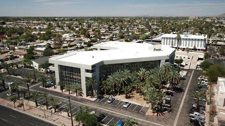 1990 Plaza - Phoenix