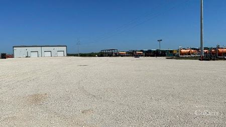 For Sale or Lease   Crane-Served Single-Tenant Office/Warehouse, Pleasanton - Pleasanton