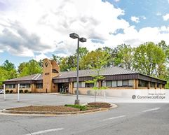 Ridgewood Center - 4376, 4379, 4380 Ridgewood Center Drive - Woodbridge