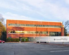 Derby Corporate Center - Hingham
