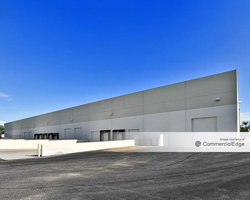Santan 10 Distribution Center