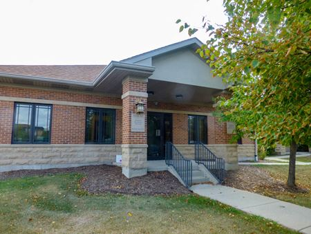 Must-See Office Condo For Lease - Aurora