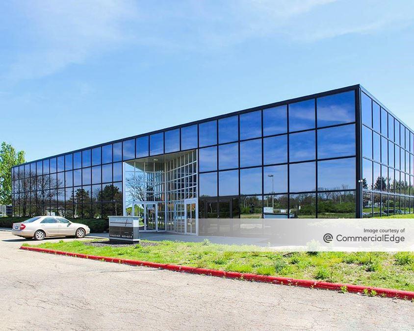 Hilton Corporate Center - 4601 Hilton Corporate Drive
