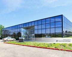 Hilton Corporate Center - 4601 Hilton Corporate Drive - Columbus