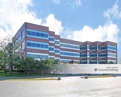 Bluemound Office Plaza - Brookfield