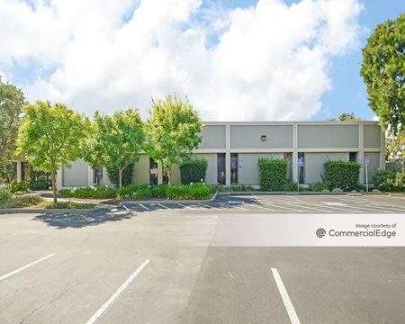 1047-1049 & 1052-1058 Elwell Court - Palo Alto