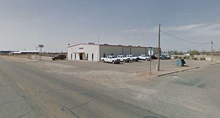 9,375 SF Industrial/Office on 5 AC - Sundown