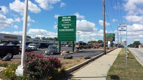 Space For Lease at Douglas Centre - Waukegan