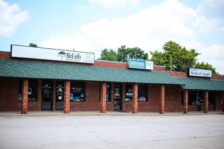Plaza Southwest Retail Center - Republic