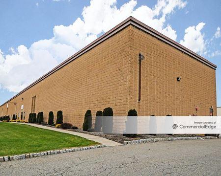 35-51 Kulick Road - Fairfield