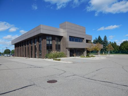6600 Highland Road - Waterford