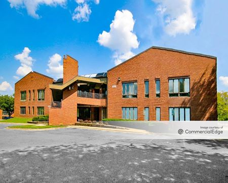 Montgomery Village Executive Plaza - 19650 Club House Road - Gaithersburg