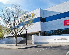 North Pointe Center - Fresno